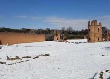 Circo di Massenzio sotto la neve